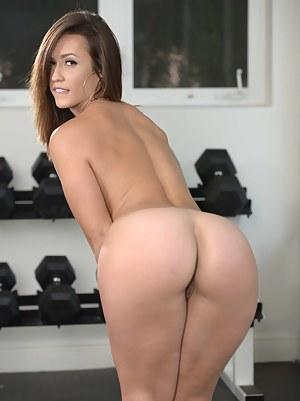 XXX Teen Gym Porn Pictures